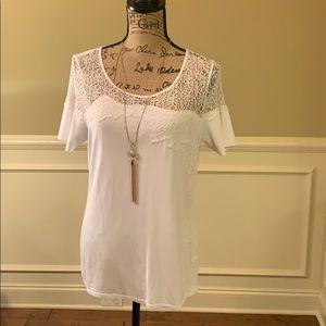 Elie Tahari Tops - ✨NWOT✨Elie Tahari White Top w Sheer Embroidery